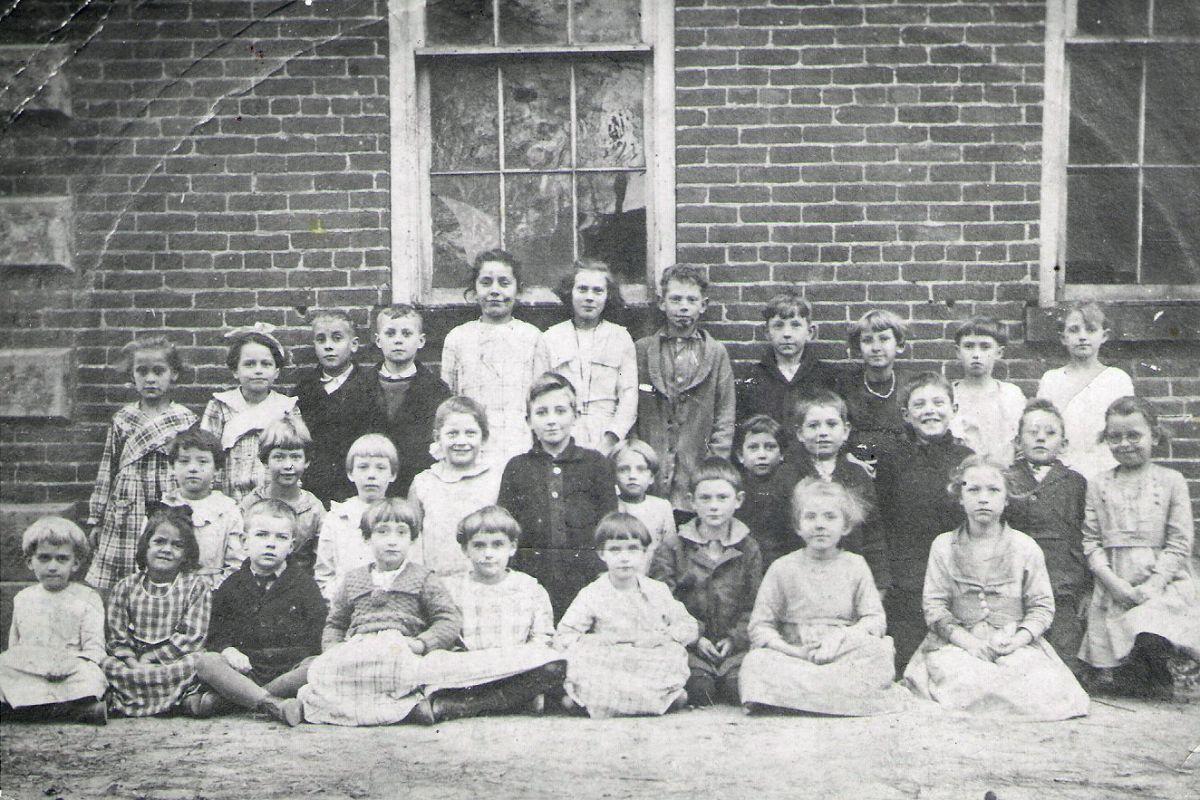 Bowling Green School 1918